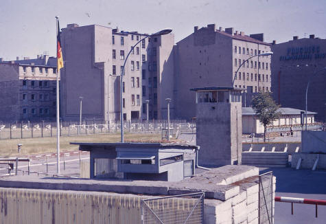 Introduction to the Berlin Wall